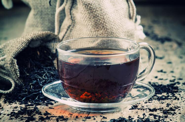 食品商社による紅茶の輸入